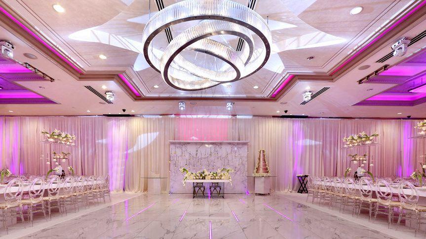 De Luxe Ballroom Dance floor