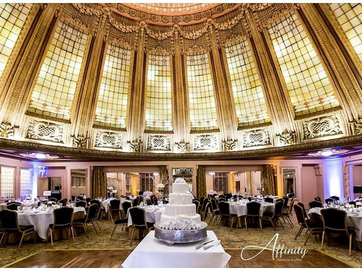 Tmx 1510003189785 54 Wedding Cake Arctic Club Dome Seattle, WA wedding venue