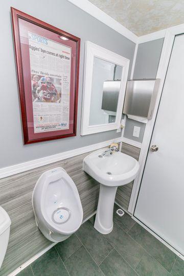 Men's suite