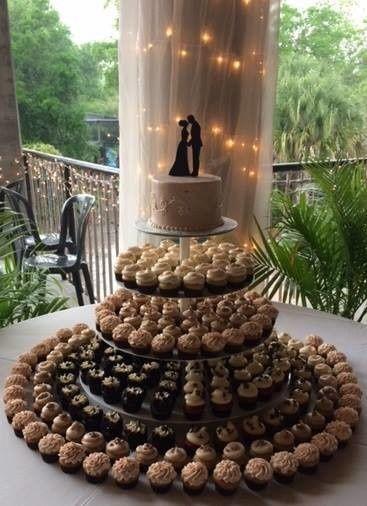 Tmx 1502674207700 14563476101544351849706314254575857281873308n Orlando, Florida wedding cake