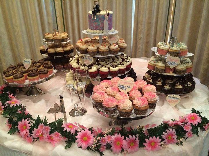 Tmx 1502674324575 14681576101544351852556312329337461856693352n Orlando, Florida wedding cake