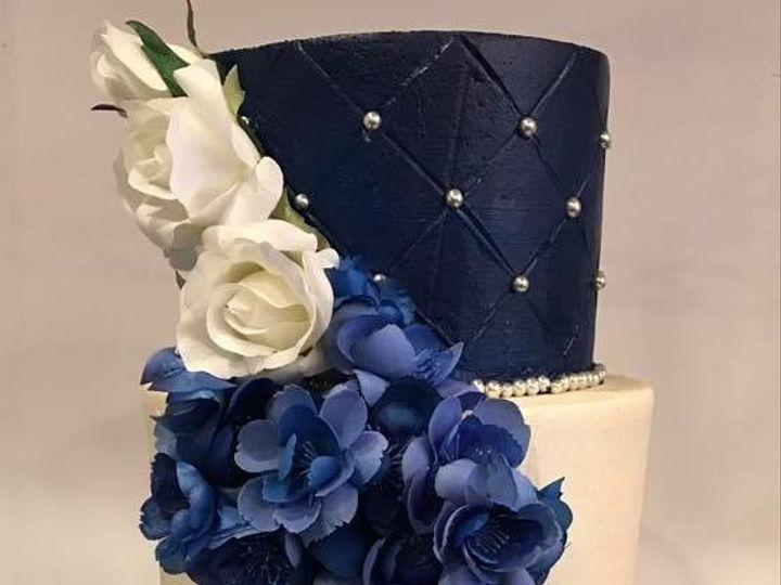 Tmx 1516131569 17108910fc3c43cb 1516131567 9c6c9015808ce4d1 1516131567046 3 IMG 3932 Orlando, Florida wedding cake