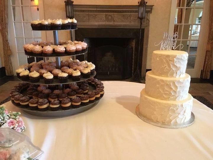 Tmx 1516131614 253ff71db9c1b36b 1516131613 67a3c5f15da801b4 1516131612888 7 IMG 3929 Orlando, Florida wedding cake