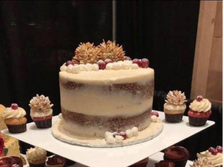 Tmx 1516460524 5ba765c979d4f5b7 1516460523 82fc213e9c7bc016 1516460521797 2 Fullsizeoutput Ac Orlando, Florida wedding cake