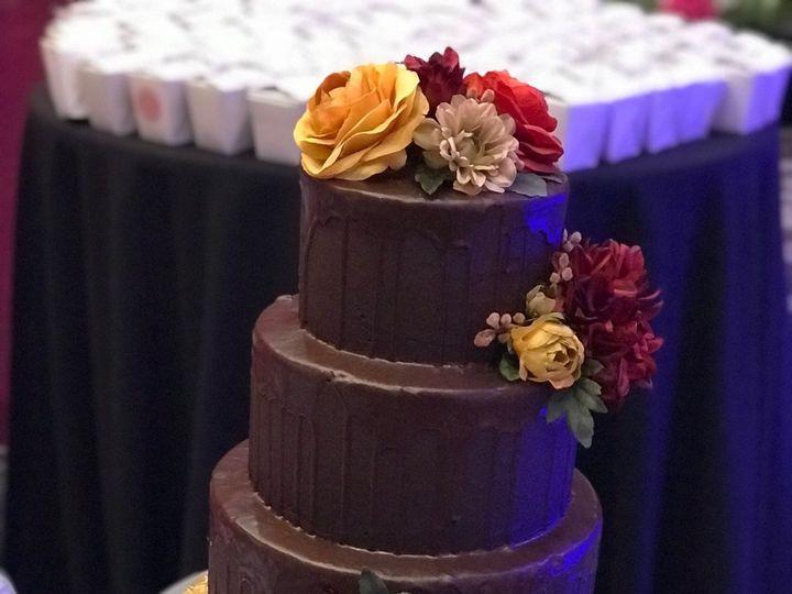 Tmx 1528030914 C82c1cc42a7e2878 1528030911 482e74b5c8911c16 1528030904667 3 IMG 4659 Orlando, Florida wedding cake