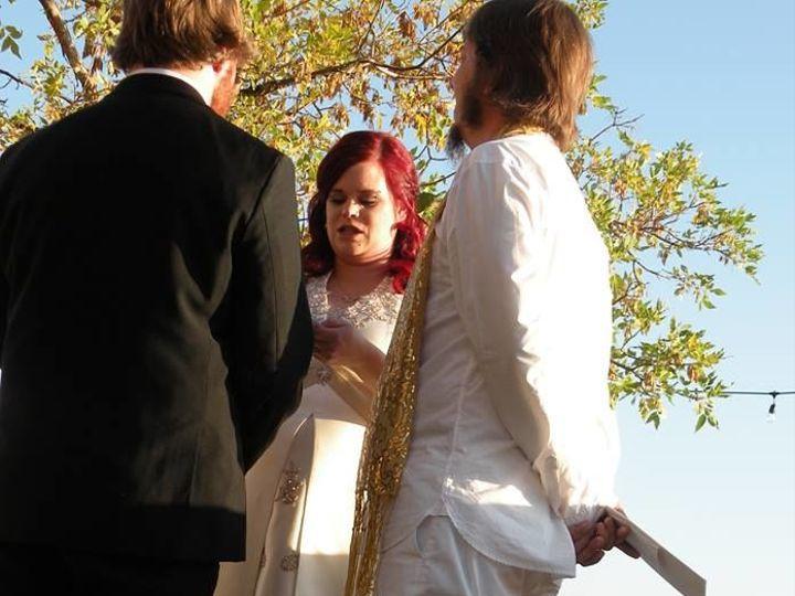 Tmx 1516055722 421da8e902c096d2 1516055721 B55b04bef7a234d9 1516055719982 6 26175398 102135548 Golden, Colorado wedding officiant