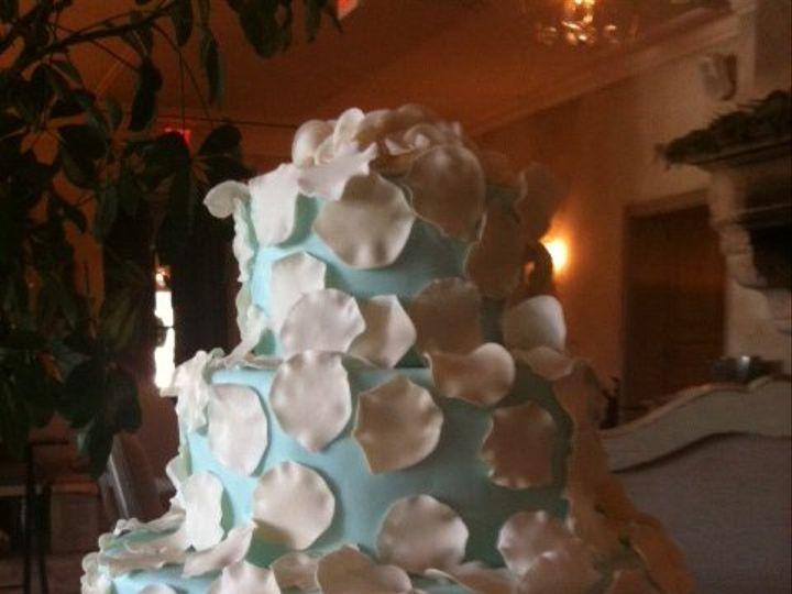Tmx 1359494275954 Petalsandblue Westport wedding cake