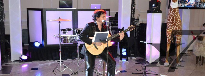 live guitar