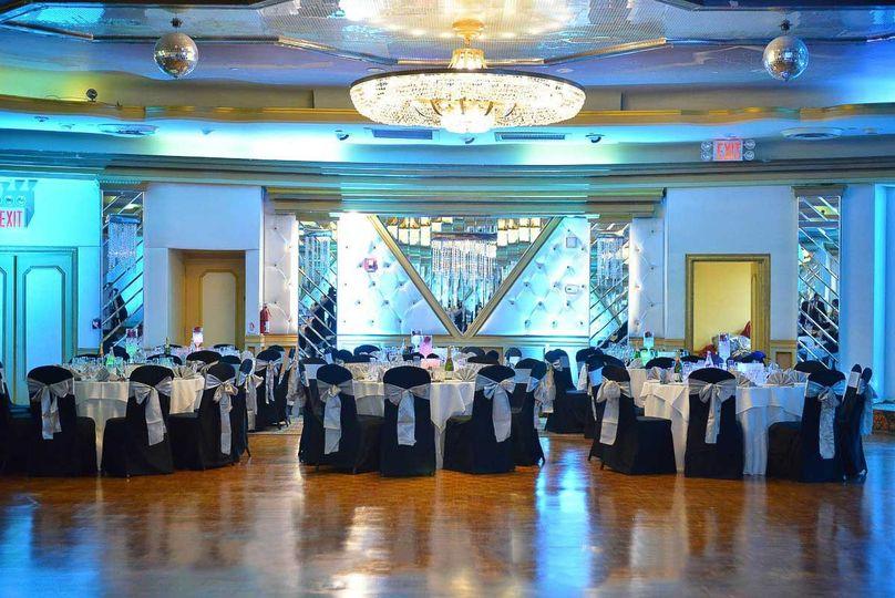 queen elizabeth room woodhaven manor wedding hall