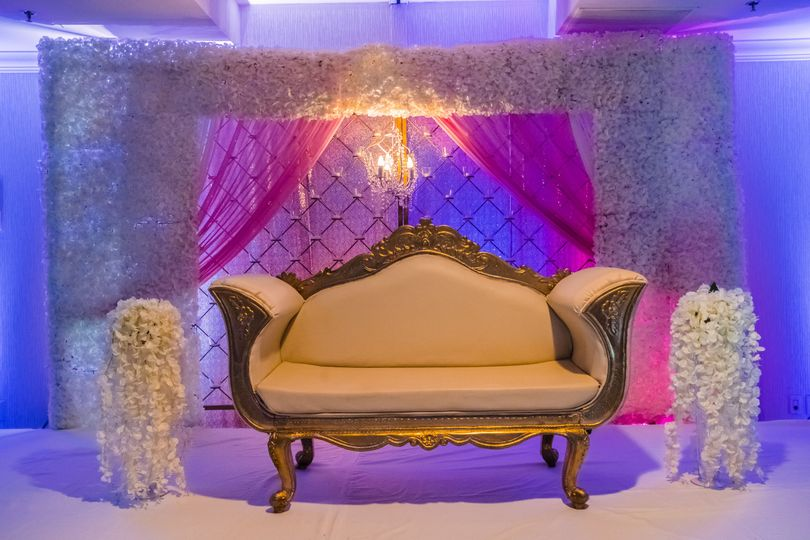 Couch for the newlyweds | Shaunte Dittmar Photography