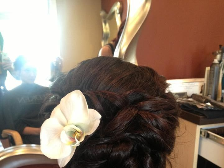 Tmx 1477536075920 Flowerupdo Elkton, MD wedding beauty