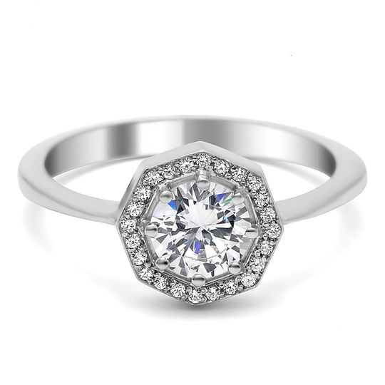 R1322 - The octagon shaped head gives the traditional halo style a unique and modern spin.