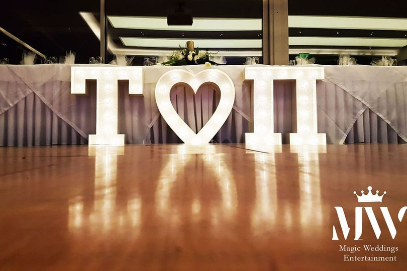 Hollywood Wedding Letters