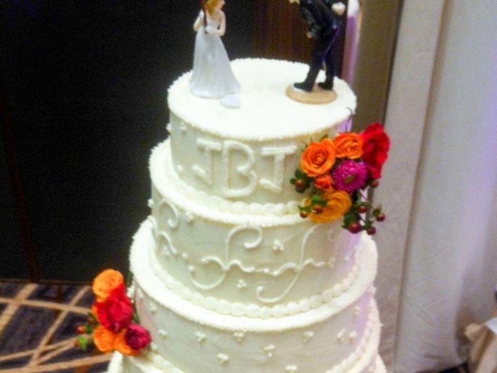 Tmx 1396642811479 Img0987 764x102 Reisterstown wedding cake