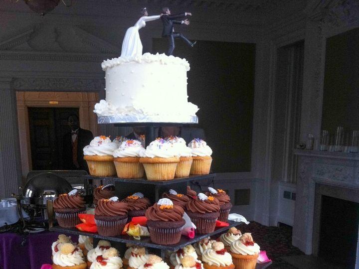 Tmx 1396643537218 Img0663 764x102 Reisterstown wedding cake