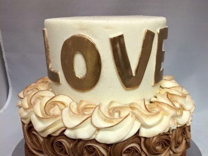 Tmx 1479240929914 Special Cake 1 Reisterstown wedding cake