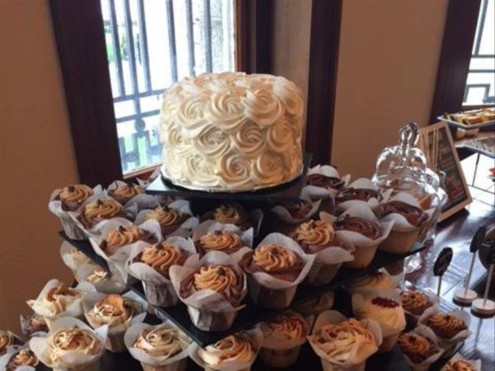 Tmx 1531859893 E48e474a90fb8156 1531859892 8d7dcaf0ace12397 1531859892477 4 Wedding Cake 5 Reisterstown wedding cake