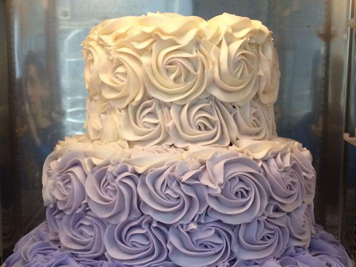 Tmx 1531863368 Ddbfe36526819941 1531863366 Eb8b14d9fc285cc4 1531863365049 1 IMG 1495 Reisterstown wedding cake