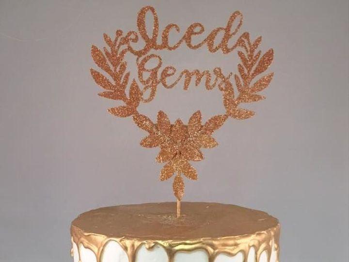 Tmx 1531863590 26a998268404a879 1531863590 F8718ca46f6fe61b 1531863589864 4 Icedgems Reisterstown wedding cake