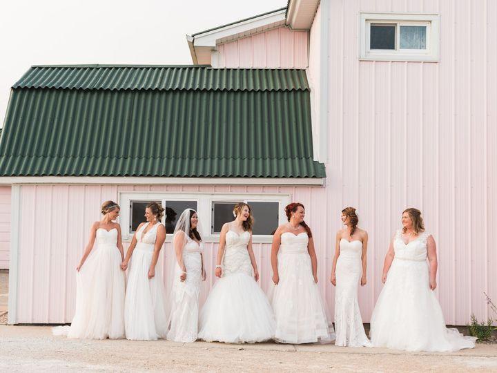 Tmx 1531235666 1574965341ee8d8b 1531235663 E5b0b56e2d24b995 1531235653796 2 487A0364 Davenport wedding dress