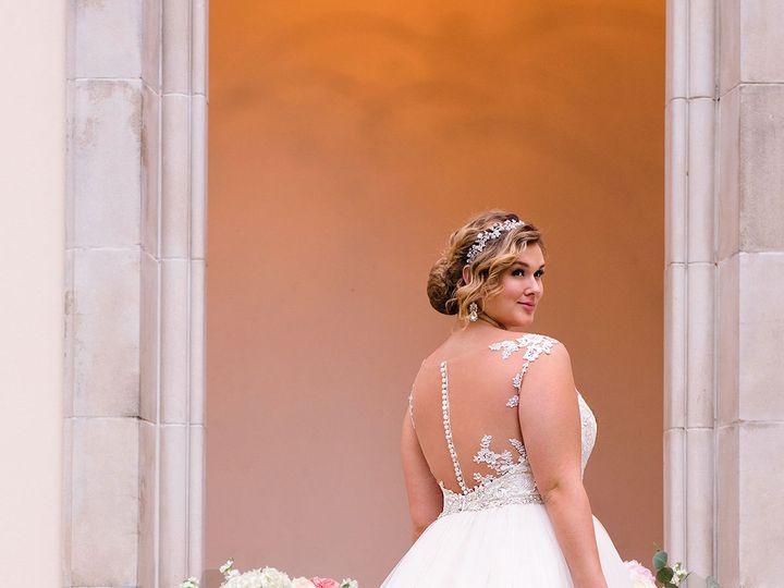Tmx 1531235666 Dd38b0d9ae867474 1531235663 71fee361f49cab13 1531235653801 4 6268 AD1 Davenport wedding dress