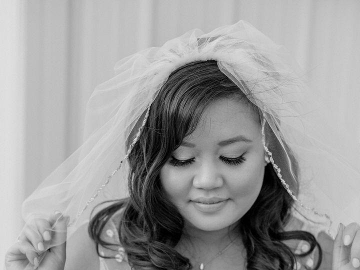 Tmx 1531235666 Fef639701839dc1e 1531235663 5dfd420d7e8c4204 1531235653799 3 487A0407 2 Davenport wedding dress