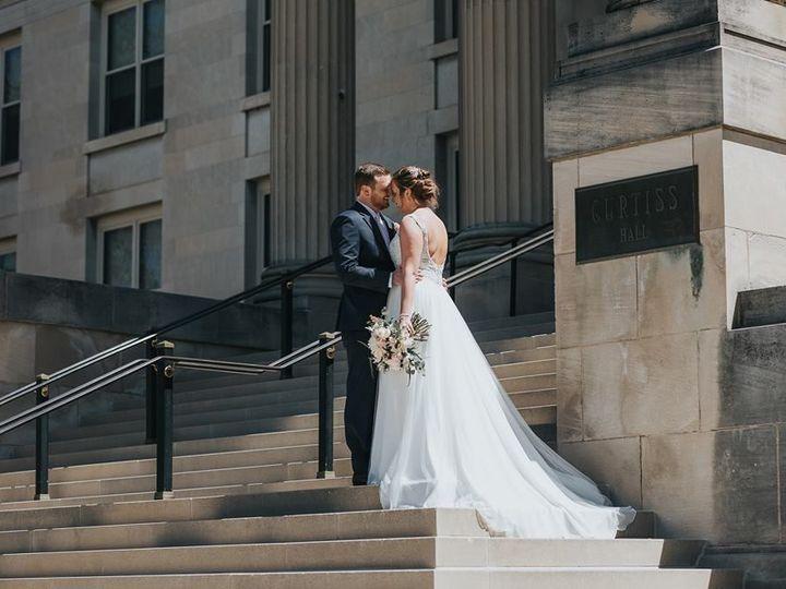 Tmx 1531264894 4fd216cda71b759c 1531264894 32a4f12f57673258 1531264894777 7 Iowa State Wedding Davenport wedding dress