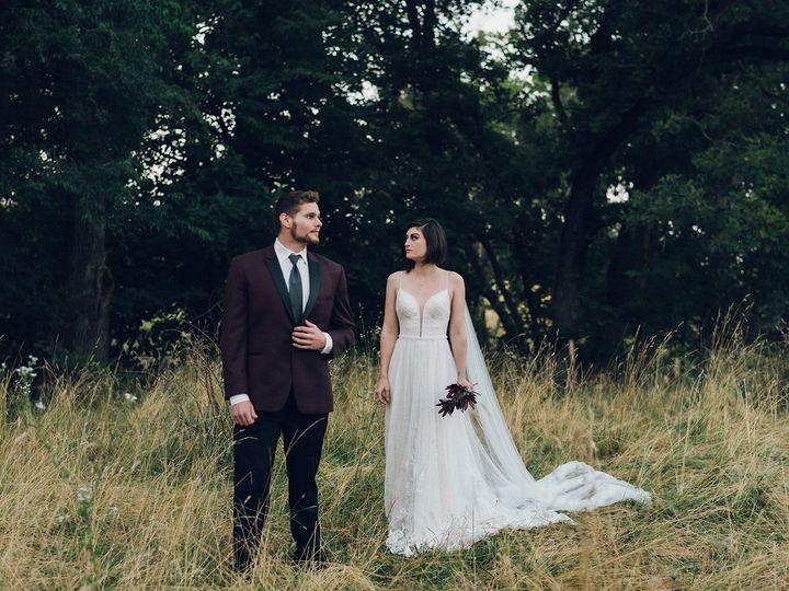 Tmx 20190722 Dsc 7117 51 2242 159951650296187 Davenport, IA wedding dress