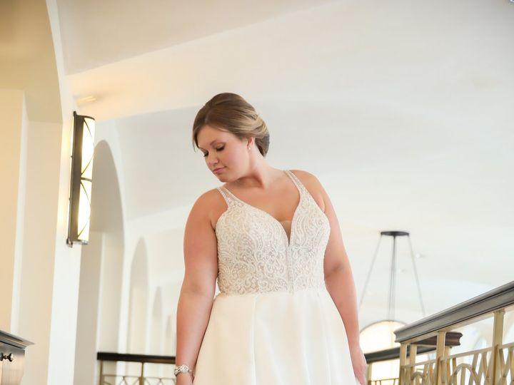 Tmx Hopes 1197 51 2242 159951704868175 Davenport, IA wedding dress