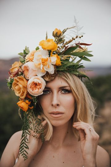 Flower head dress