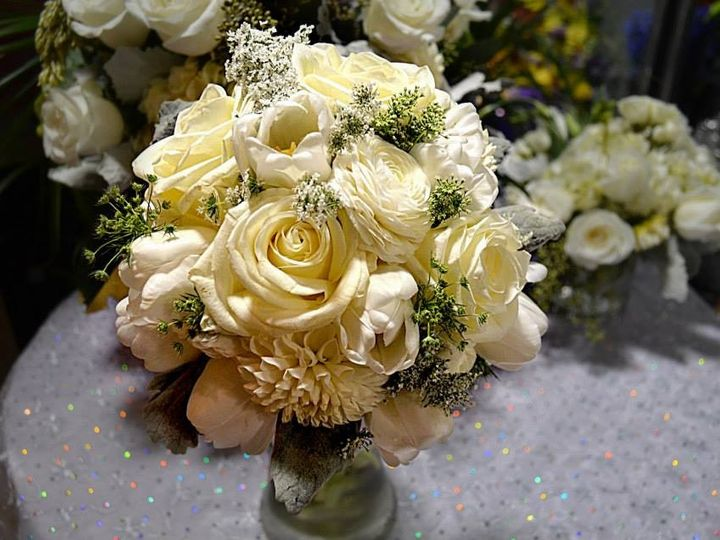 Tmx 1456940886560 10035506565214777063841955612695n Mount Vernon wedding florist