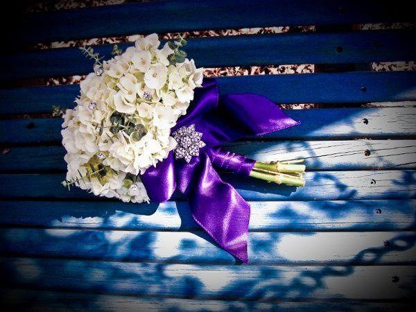 Tmx 1267664437079 Broochbouquet2 Rowlett wedding florist