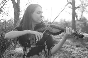 Bronwyn Davies Violinist