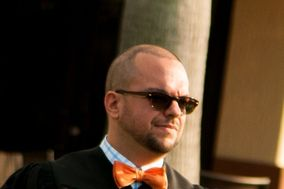 Steven Cieplik - Wedding Officiant & Mobile Notary Signing Agent