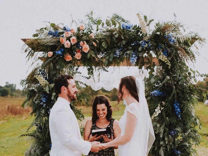 Tmx Dsc 2141 51 910342 Red Hook, NY wedding florist