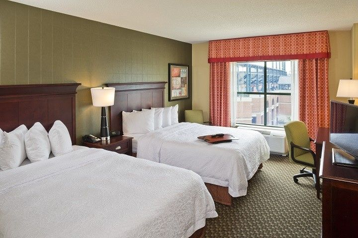Guest Rooms feature Two Queen Beds or One King