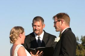 Wedding Officiants Of Charleston