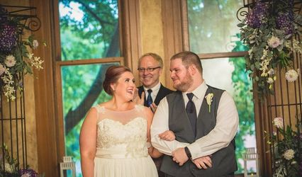 Marriage Officiant Youngstown