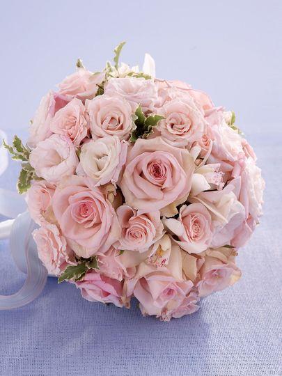 f2ba8607eaa1dad3 1537271810 a69560a614122a29 1537275397876 3 bouquet novias