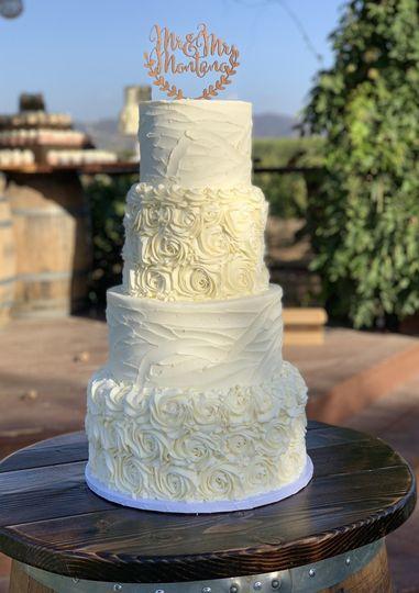 Rosette + Textured cake