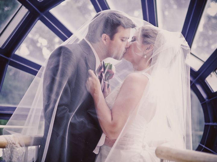 Tmx 1518114051 9d838a990400f628 1518114050 2f70e2a6c7251c95 1518114044888 3 0411 Marbles Museu Raleigh, NC wedding photography