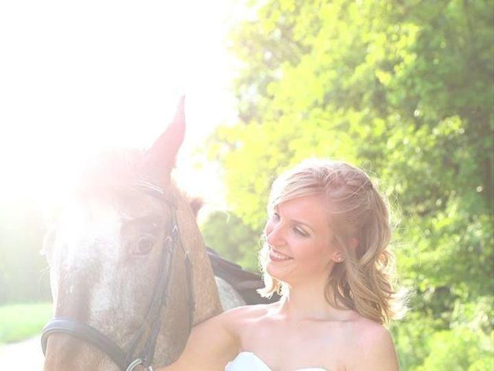 Tmx 1532909414 8aced4a28cf54504 1532909413 819a7ae4f2d0bbe3 1532909413363 6 10443426 480069905 Plaistow, New Hampshire wedding beauty