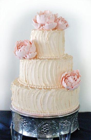 rustic romantic buttercream rhapsody cakes