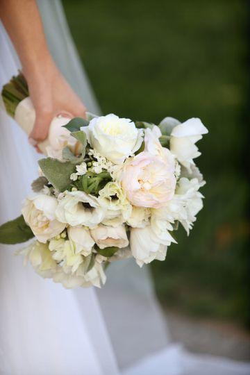 bouquet bridal cuckler hi res alison conklin