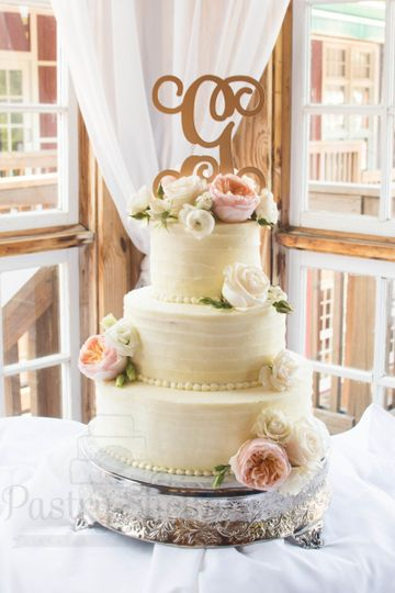 Pastel flowers 3-layer cake