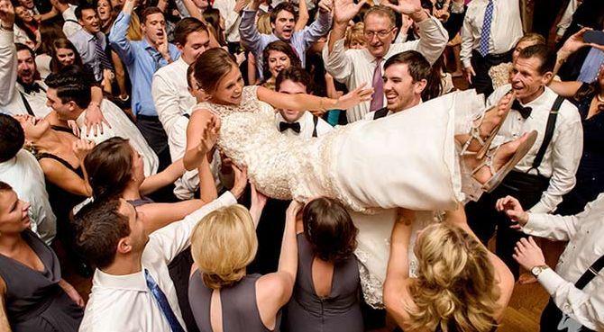 Tmx 1529562187 7f2b3615e0b0d91f 1529562186 7596e561d3078cb2 1529562181551 7 Deb7 Philadelphia wedding band