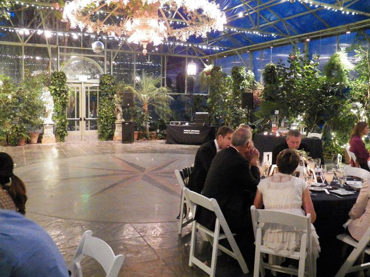 Wedding dinner with sound and music - La Caille, Salt Lake City, Utah
