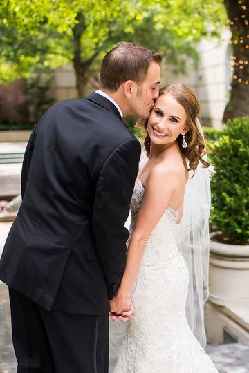 800x800 1463502871696 Dallas Bridal Makeup Lashes Lace Wedding Day Make