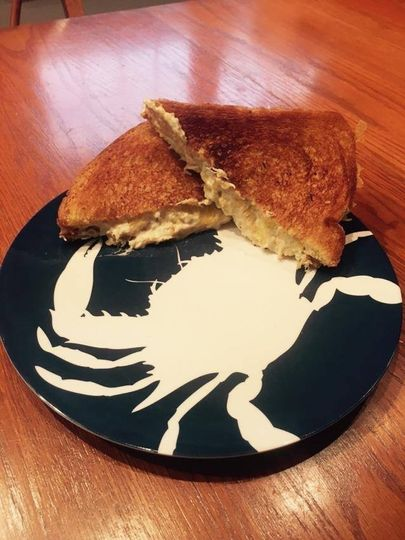 crab dip grilled cheese