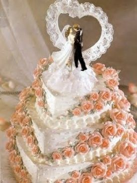 wedding cake bride groom elegan